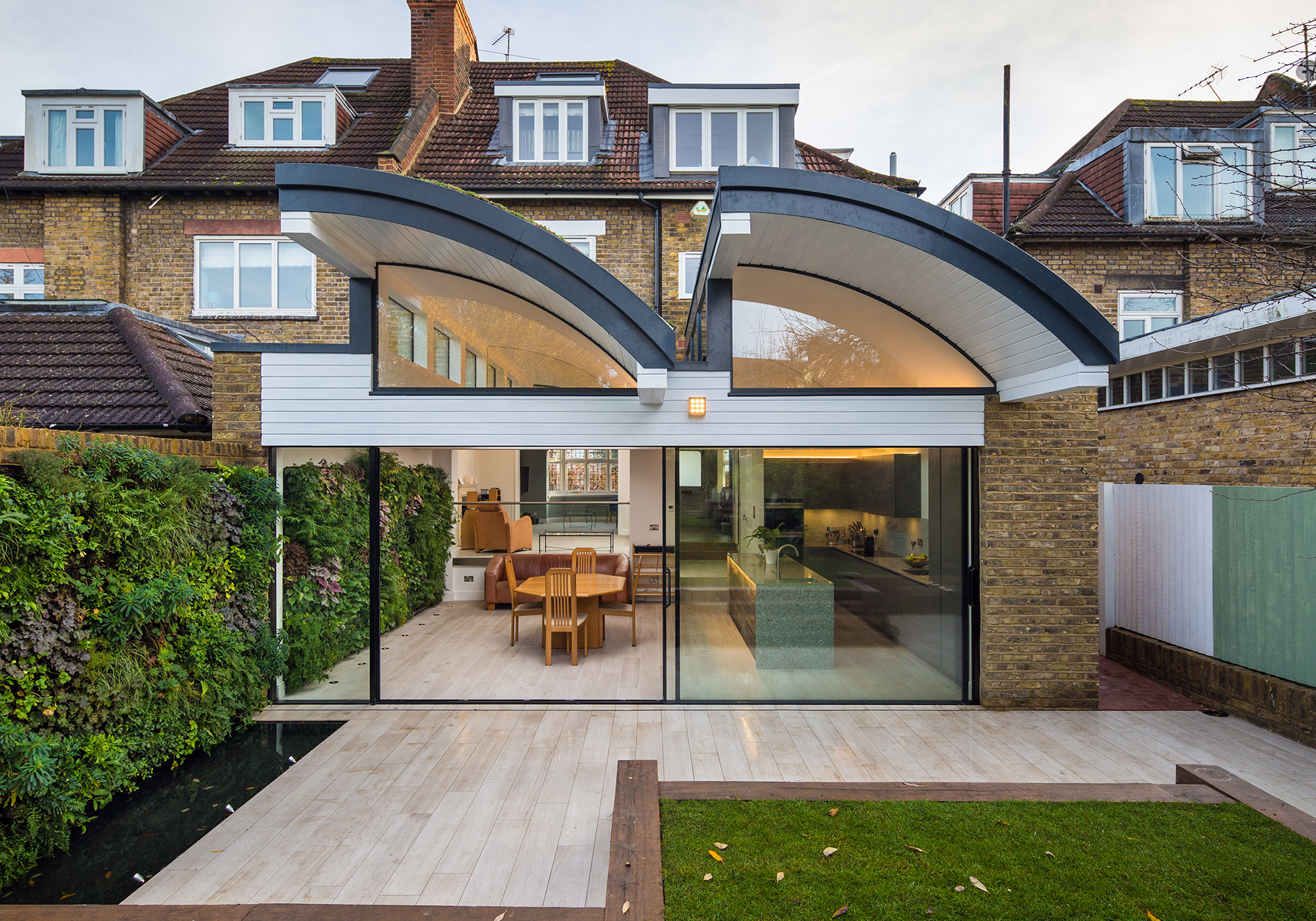 Exact HiFinity Sliding Doors on unique extension in Wandworth