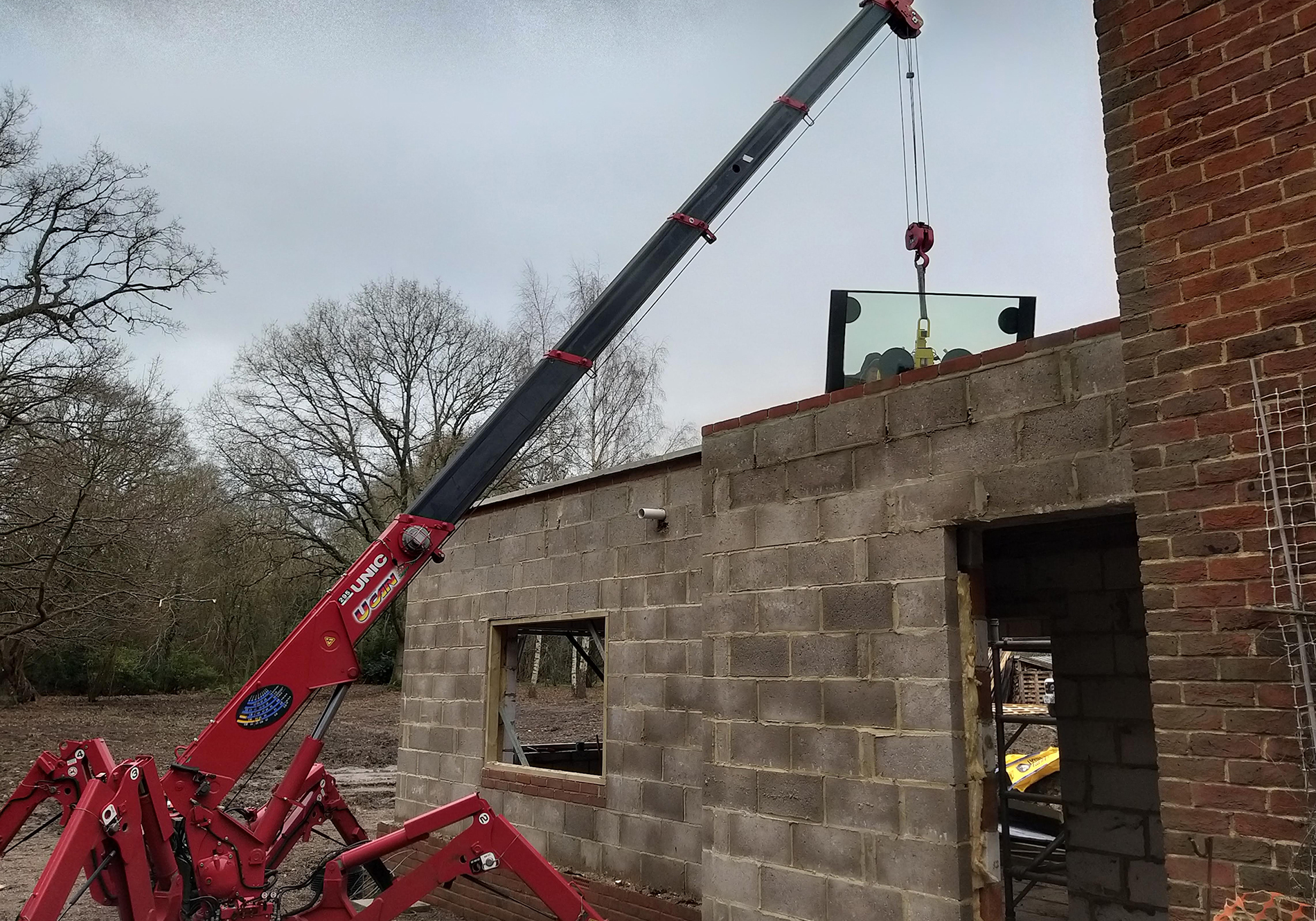 spider crane on site at East Horlsey