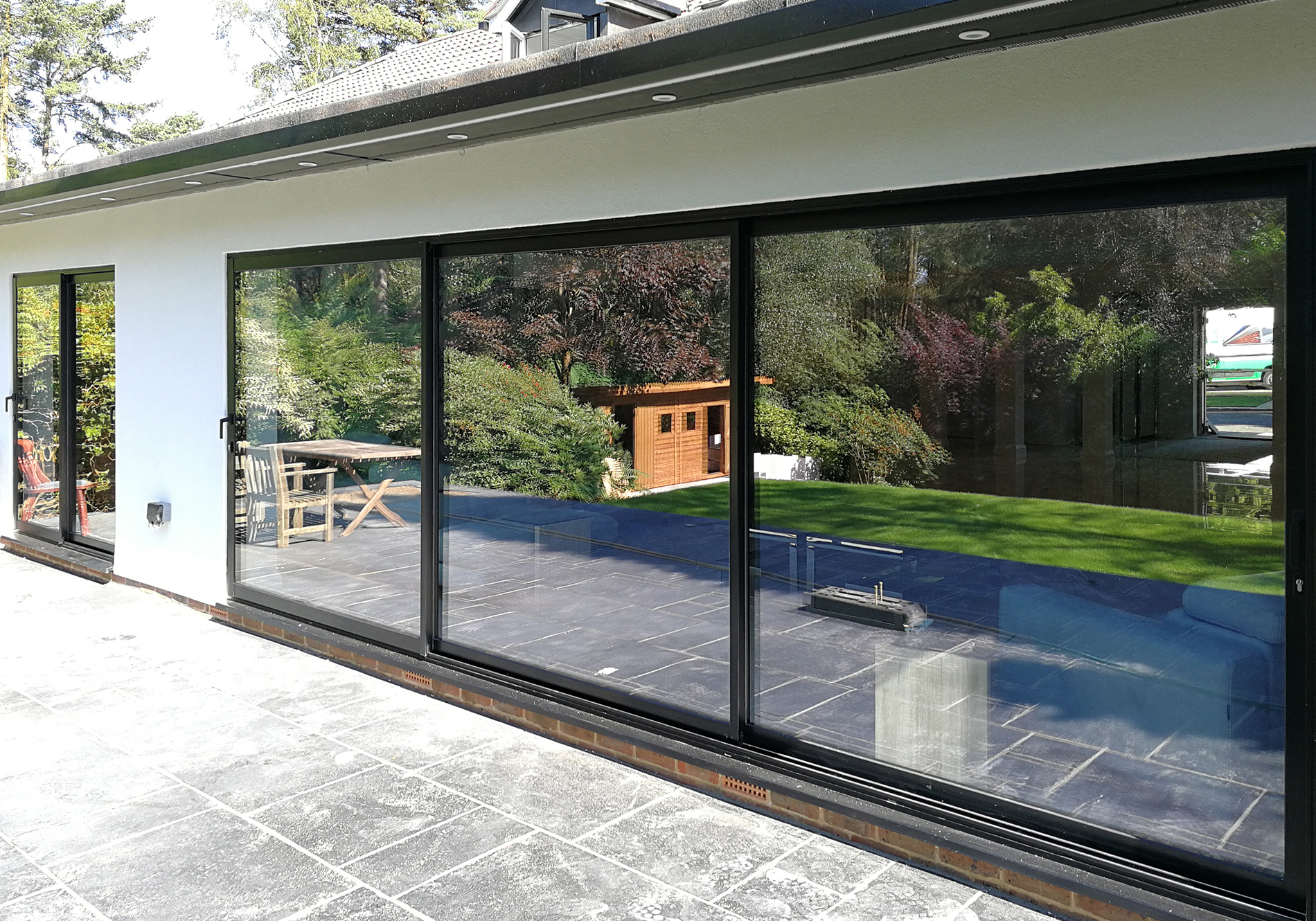 Kingswood firs edge glide sliding doors