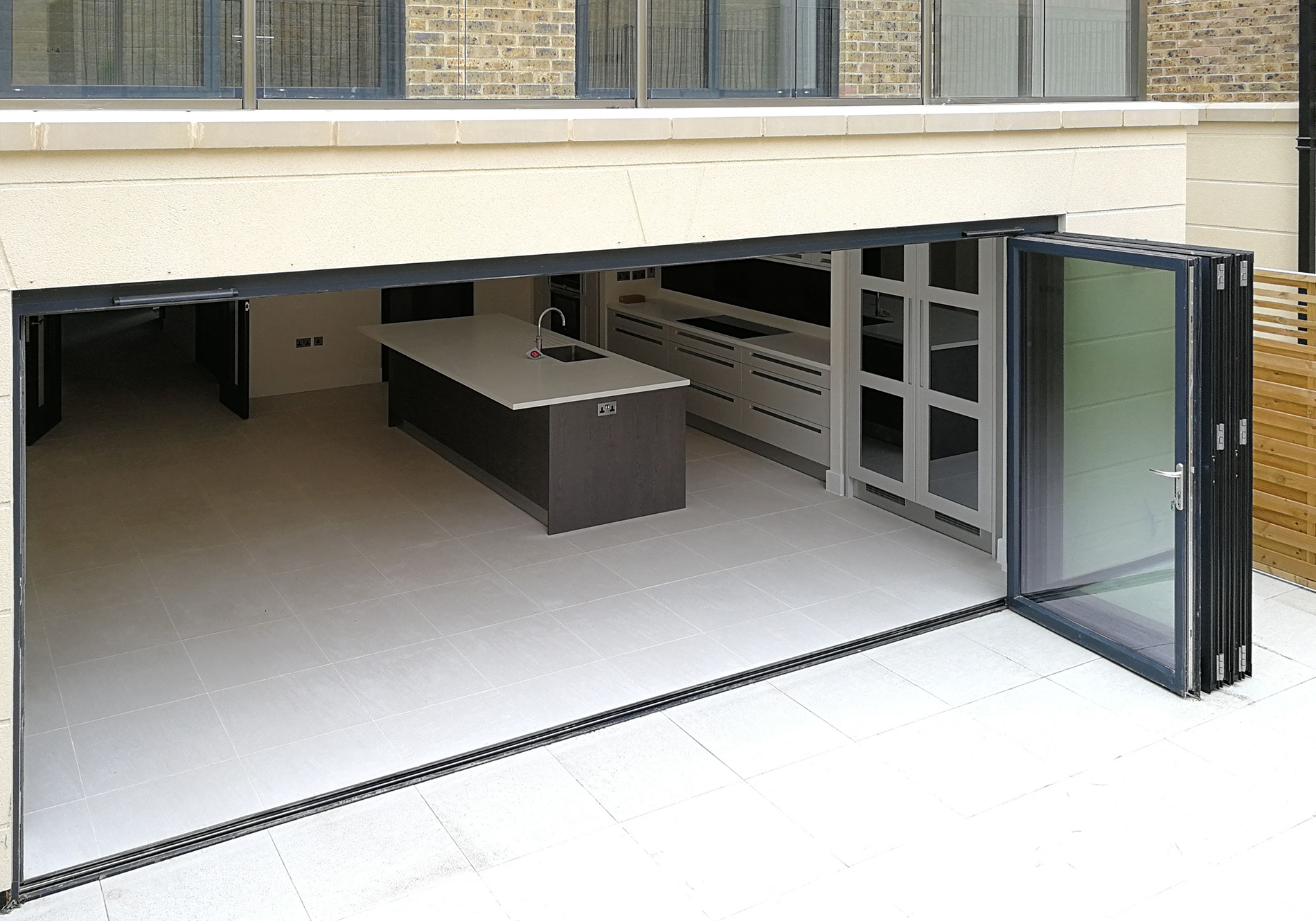 aluminium bifolding door for luxury home development